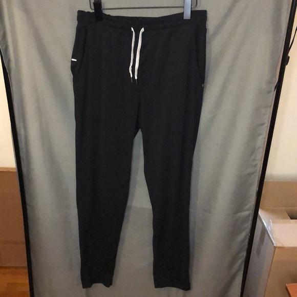Vuori Ponto Performance Jogger Pants, size Large